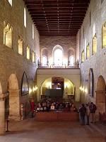 Interiér baziliky sv.Jiří od hlavního oltáře